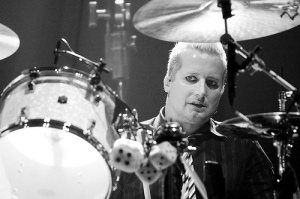 Tré Cool Rules - Green Day - Las Vegas, 2009. Photo by Ryan O. from Green Day Flickr Group