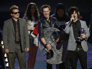 Green Day Wins Best Rock Video at the MTV Video Awards.