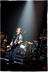 Mike Dirnt at Bercy
